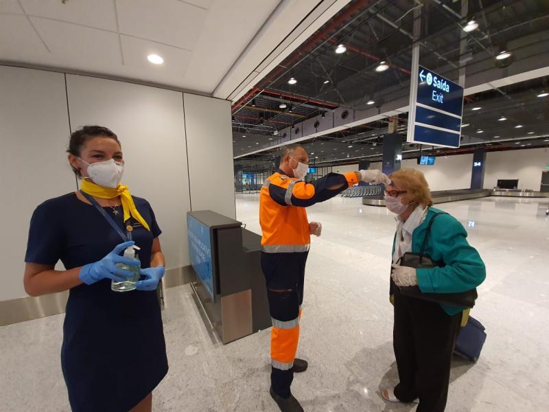 barreira sanitária floripa airport - aeroporto de florianopolis coronavirus